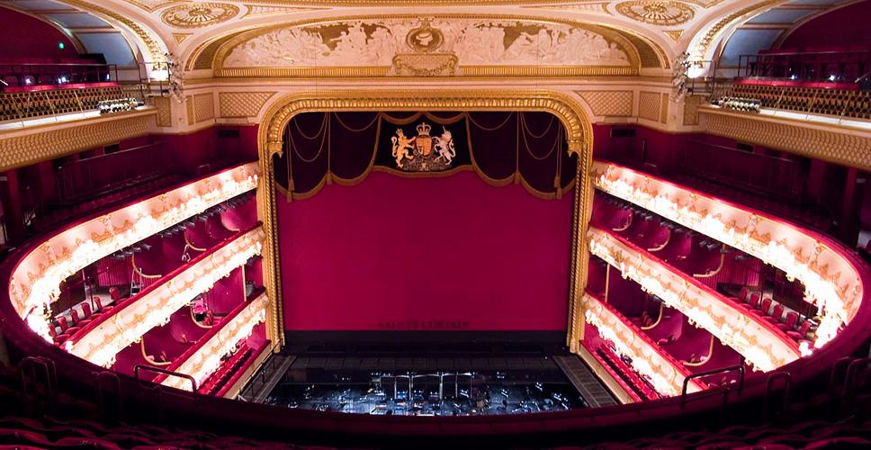 Theatre_velika