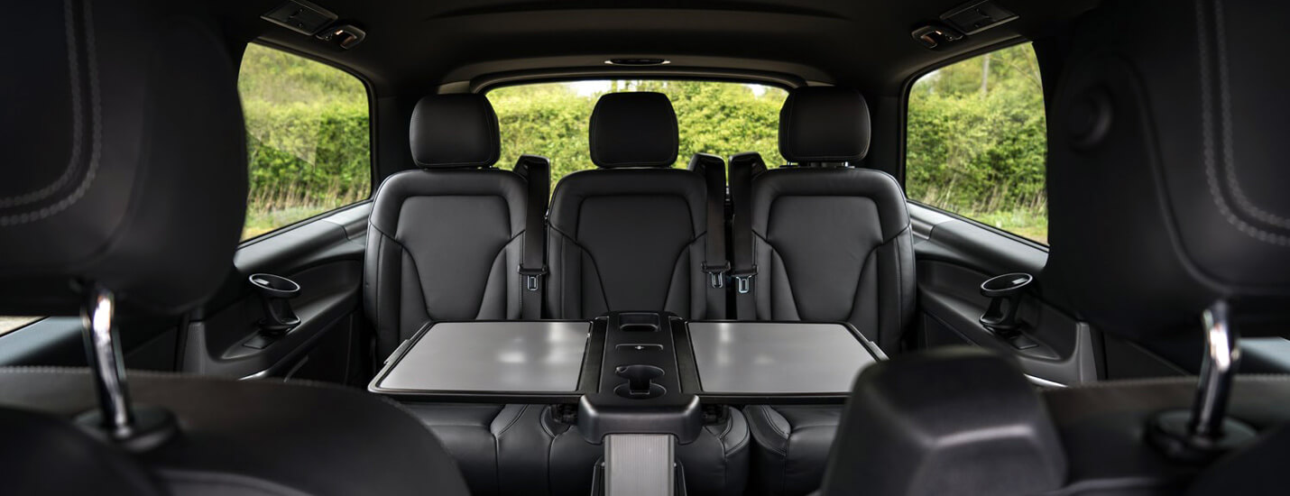 V Class Executive Interior With Folding table